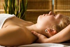 Massagem da garganta Fotografia de Stock Royalty Free
