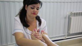 Massagem do pé video estoque