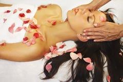 Massagem e aromatherapy Imagens de Stock