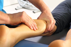 Massagem e reabilitação Fotografia de Stock