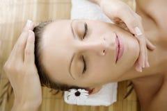 Massagem facial fotos de stock royalty free