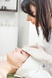 Massagem facial Foto de Stock