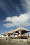 Massagem na praia das caraíbas Fotos de Stock Royalty Free