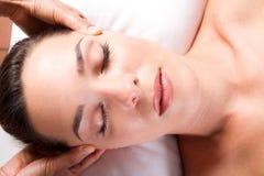 Massagem principal Fotos de Stock Royalty Free