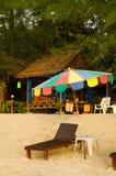 Massagen shoppar på stranden Royaltyfri Fotografi