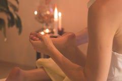 Massageprozeß im Badekurort Lizenzfreie Stockfotos