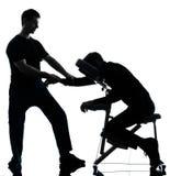 Massageterapi med stolen Royaltyfri Bild