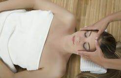 Massagetherapie stockfoto