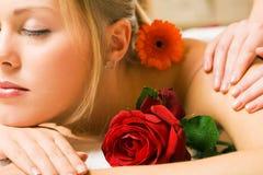 massagewellness arkivbilder