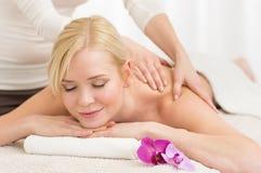 Massaggio alla stazione termale immagine stock libera da diritti