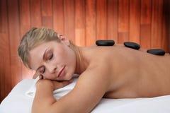 Massaggio caldo delle pietre Immagini Stock Libere da Diritti
