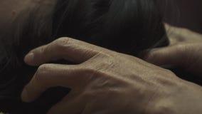Massaggio del facial della donna della stazione termale video d archivio