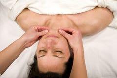 Massaggio del mento Fotografia Stock Libera da Diritti