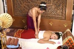 Massaggio tailandese sano Immagini Stock Libere da Diritti