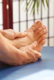 Massaggio terapeutico del piede Fotografie Stock