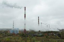 Massen- und Papiermühle in Kondopoga Lizenzfreies Stockbild