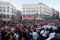 Massenmontage auf Puerta Del Sol Lizenzfreie Stockfotos