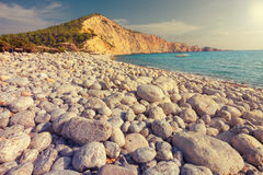 Massi a Cala Jondal in Ibiza, Spagna fotografie stock
