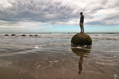 Massi di Moeraki in Nuova Zelanda fotografia stock libera da diritti