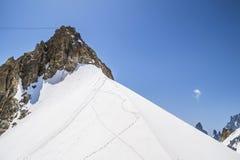 Massiccio in alpi, Courmayeur, la valle d'Aosta, Italia di Monte Bianco Immagini Stock Libere da Diritti