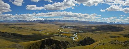 Massiccio della montagna dell'Tabyn-Bogdo-ola, plateau Ukok, Altai, Siberia, Russia Fotografia Stock Libera da Diritti