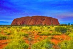 Massiccio rosso della roccia di Uluru Ayers in Australia Fotografia Stock