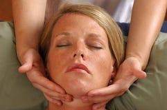 Massieren des Gesichtes Skincare Stockbilder