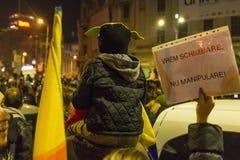 Massieve anti-corruptieprotesten in Boekarest Royalty-vrije Stock Afbeeldingen