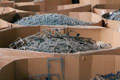 Massieve stapel van schroot of plastiek stock fotografie