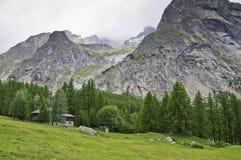 Massif de Mont-Blanc Fotos de Stock Royalty Free