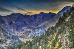 Massif de Neouvielle en montagnes de Pyrénées Photo libre de droits