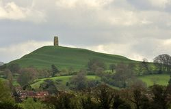Massif de roche de Glastonbury, Somerset Images stock