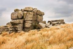 Massif de roche noir Photographie stock libre de droits
