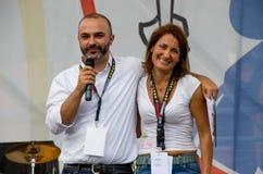 Massimo Bugani e Carla Ruocco per un evento pubblico di Movimento 5 Stelle, partito politico italiano Immagini Stock Libere da Diritti