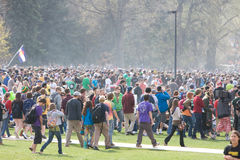 Massive Masse an Tag 420 Stockfotografie