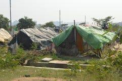 Massor av tält i slumkvarter royaltyfria bilder