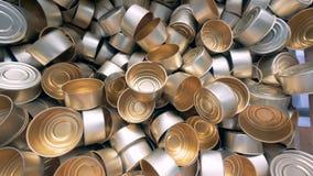 Massor av tomma cans lager videofilmer