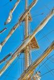 Mast av ett seglingskepp Arkivfoto