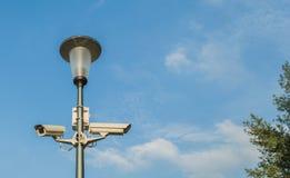 Mast mit Kameras Lizenzfreies Stockfoto