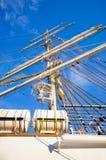 Maste des Segelschiffs stockfoto