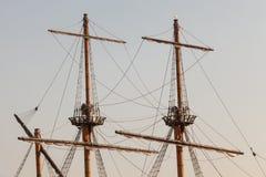 Maste eines Piratenschiffs stockbild