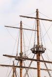 Maste eines Piratenschiffs lizenzfreies stockfoto