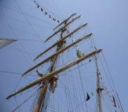 Masten en Vlaggen op Lang Varend Schip van Ecuador Royalty-vrije Stock Foto