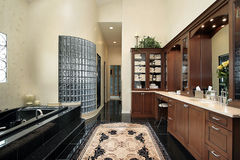 Master bath with black tub Royalty Free Stock Images