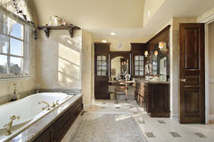 Master bath with dark cabinetry Royalty Free Stock Photo