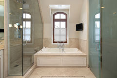 Master bath in luxury home Royalty Free Stock Photos