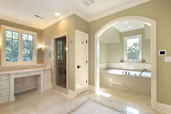 Master bath with separate bath Royalty Free Stock Photo