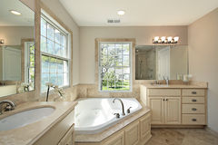 Master bath with tub Royalty Free Stock Photography