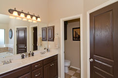 Master Bathroom in Modern Home Royalty Free Stock Photos