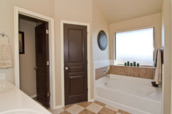 Master Bathroom in Modern Home Royalty Free Stock Photography